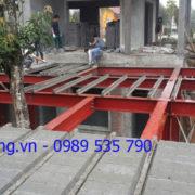 Thi công biệt thự nhà vườn bằng hệ khung thép và sàn bê tông nhẹ