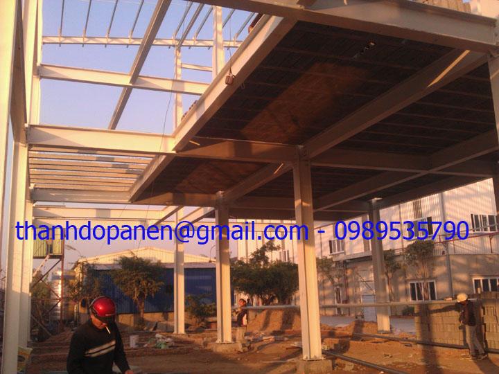 Hệ khung thép được chọn làm khung chịu lực chính cho sàn panel nhẹ