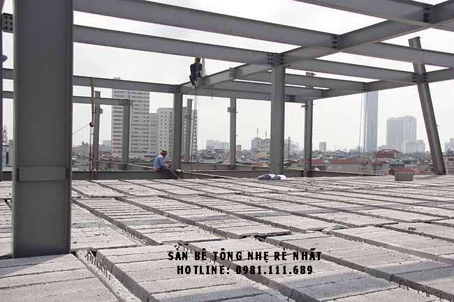 Toàn cảnh 2.000m2 sàn bê tông siêu nhẹ tại Cầu Giấy