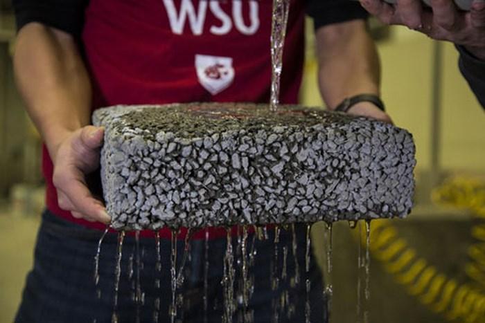 Bê tông nhẹ làm từ sợi các bon tái chế