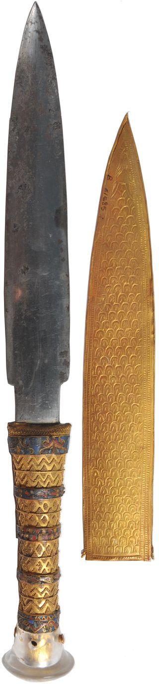 Con dao của vua Tut có lưỡi được xác định là hợp chất thép từ các mảnh thiên thạch