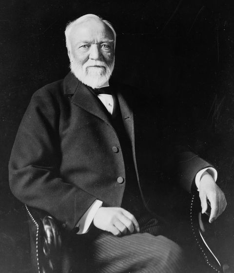 Andrew Carnegie muốn xây dựng tất cả.