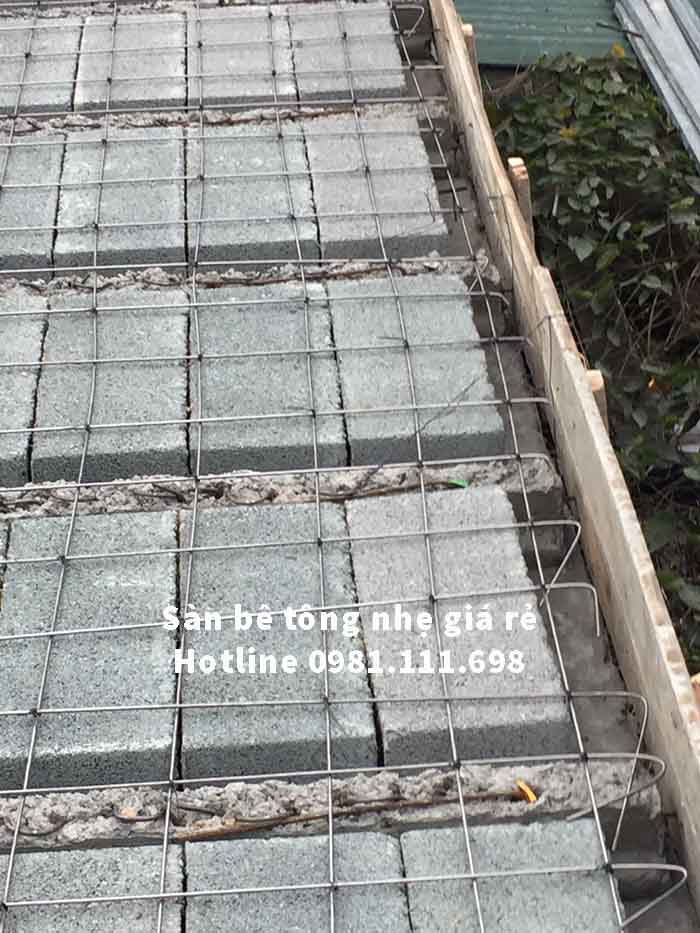 Cận cảnh sàn bê tông nhẹ tại xã Đông Lỗ - Hiệp Hòa - Bắc Giang khi chưa đổ lớp bê tông tạo liên kết