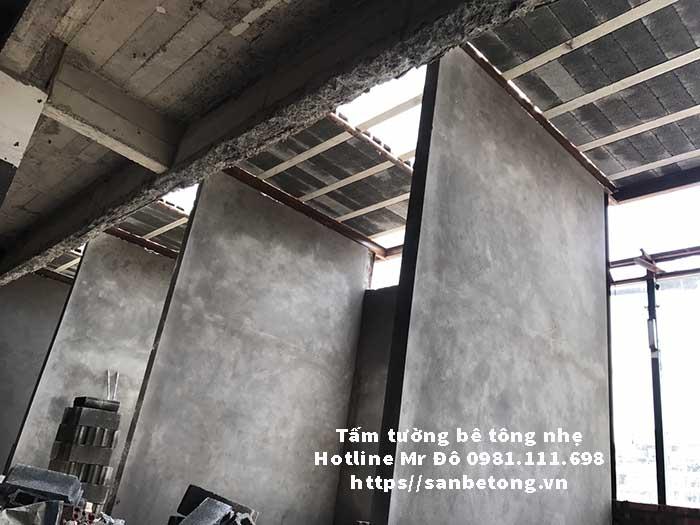 Tấm tường bê tông nhẹ giảm tải công trình, chống nóng, chống ồn tốt hơn tường gạch sét nung truyền thống