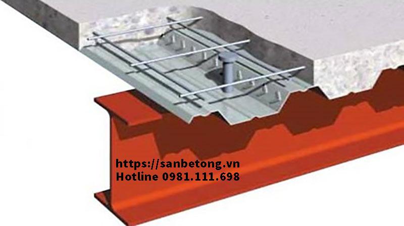 Cận cảnh kết cấu sàn bê tông Decking và nhà khung thép