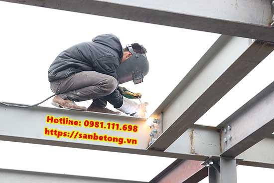 Làm nhà bằng khung thép đảm bảo yêu cầu kĩ thuật và tiết kiệm