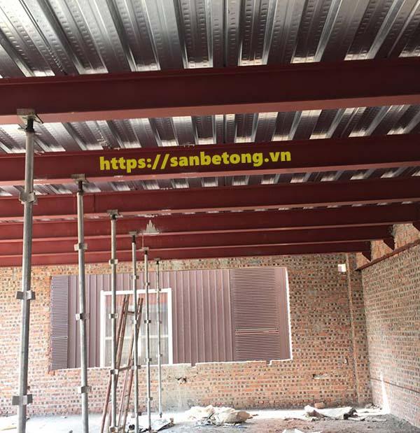 Hệ khung thép làm dầm đỡ trần nhà