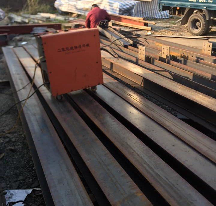 Tiền chế khung thép tại xưởng